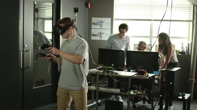 Rivermark CCU spot features high school students using Hinge VR tech